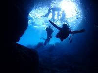 沖縄恩納村ダイビング_ボート青の洞窟体験ダイビングサンセットツアー